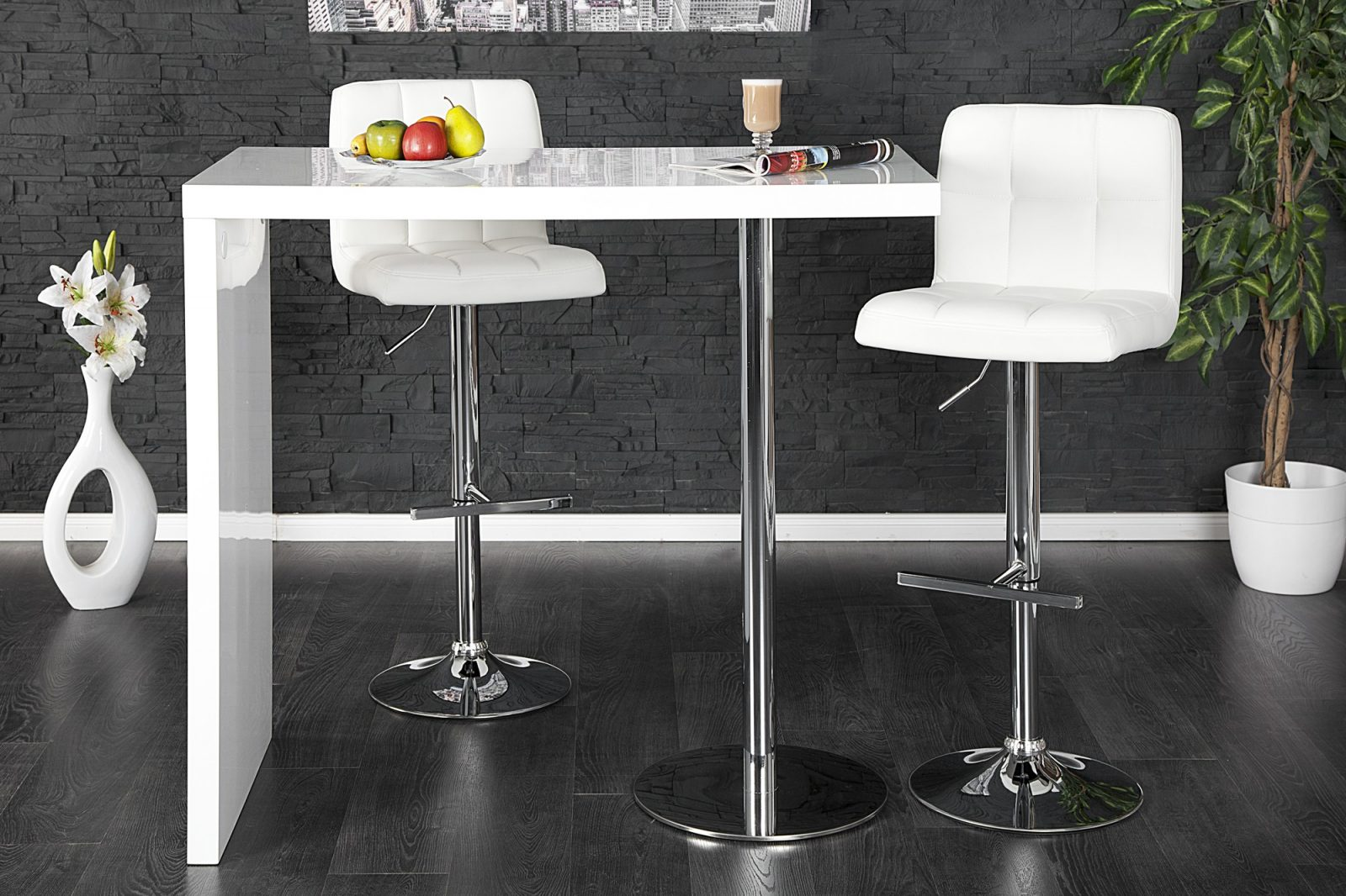 Mesa de cocina alta con diseño singular :: Imágenes y fotos