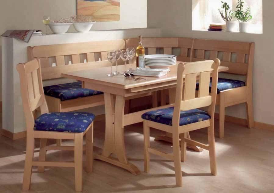 Mesa de cocina de madera esquinada :: Imágenes y fotos