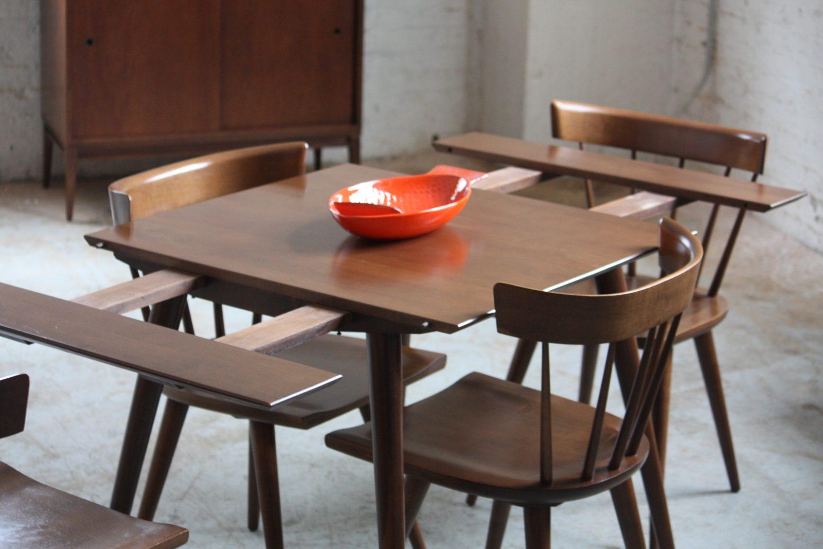 Mesa de cocina extensible oscura :: Imágenes y fotos