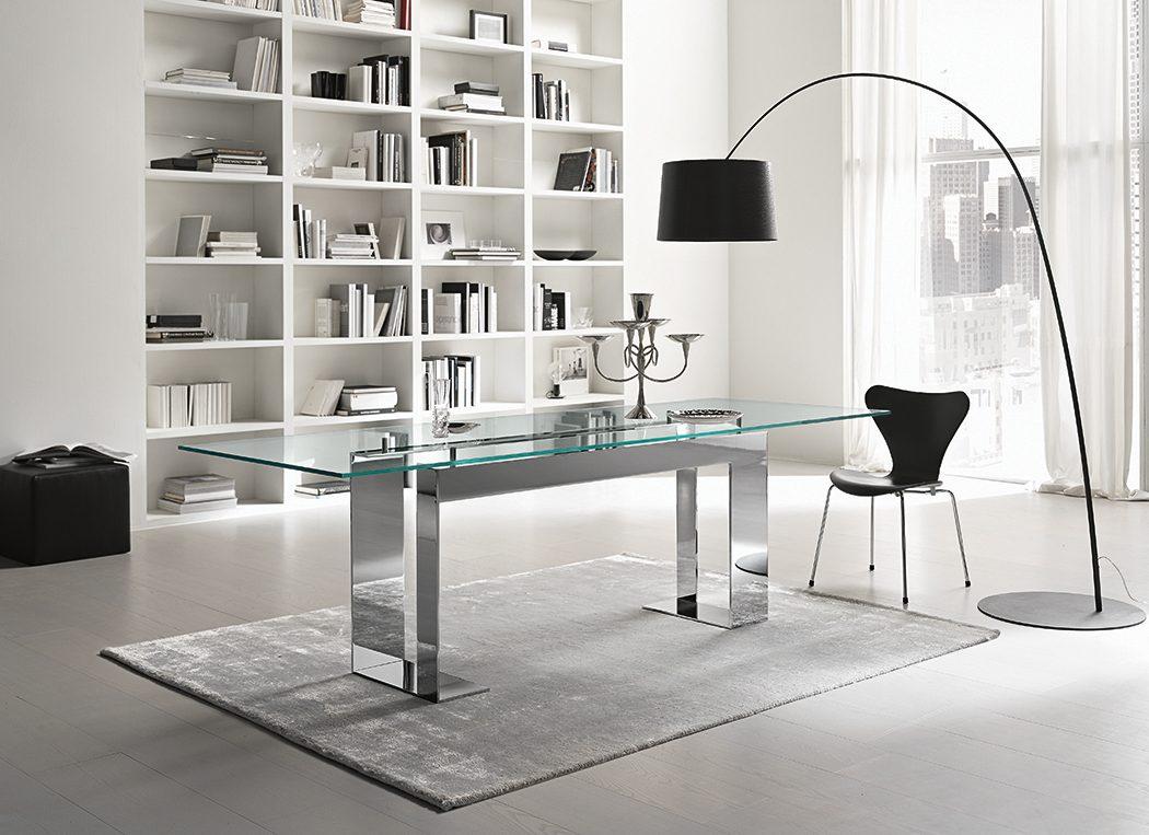 Mesas de comedor de cristal for Mesas de comedor de vidrio modernas
