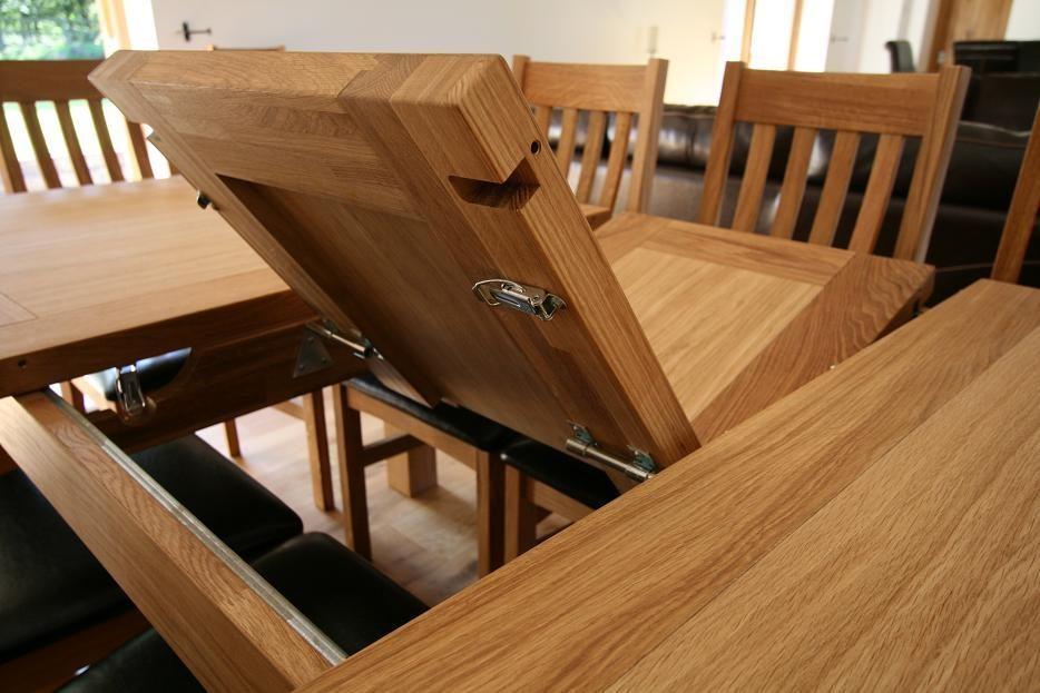 Mesa de comedor de madera :: Imágenes y fotos