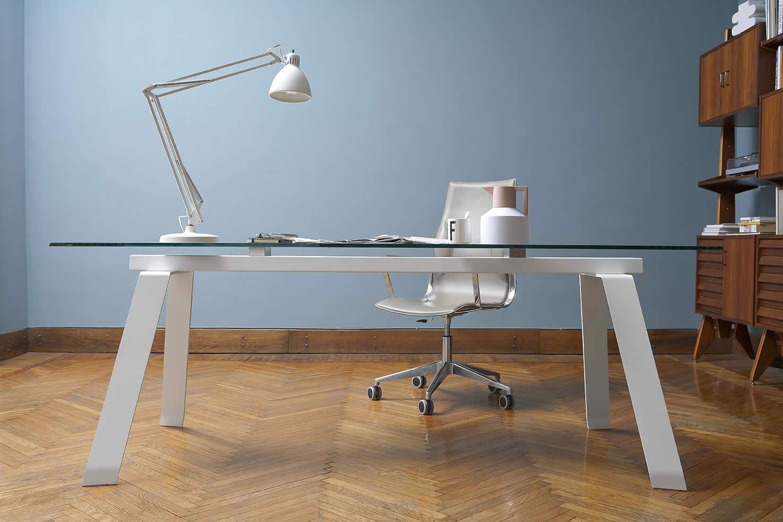 Mesas de despacho de cristal for Cristal mesa