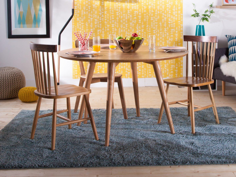 Mesa redonda sencilla de madera im genes y fotos - Mesa de madera redonda ...