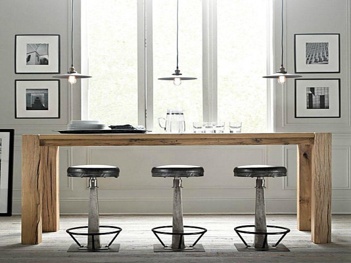 Mesa de cocina alta de madera im genes y fotos for Mesas de comedor altas